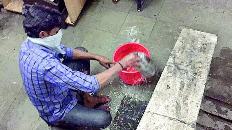 Telangana: Metro rail workers hit sewer line, stink up place
