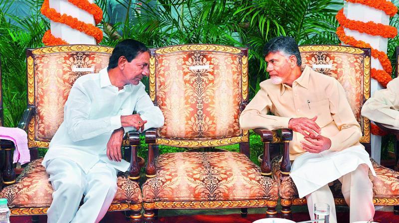 K Chandrasekhar Rao, Chandrababu Naidu meet, talk state issues