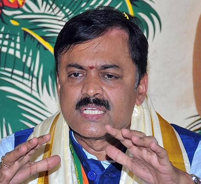 Telugu CMs are wary of BJP, claims GVL Narasimha Rao