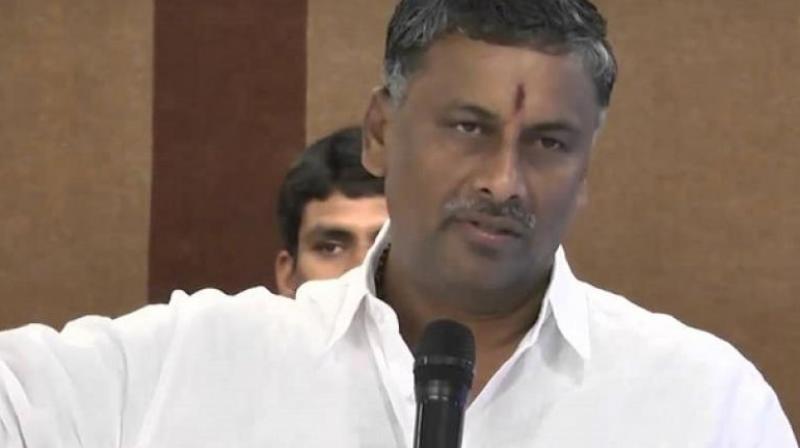 No democracy in TRS, says NVSS Prabhakar
