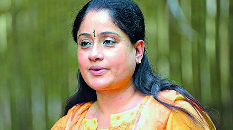 Vijayashanti to star Congress campaign