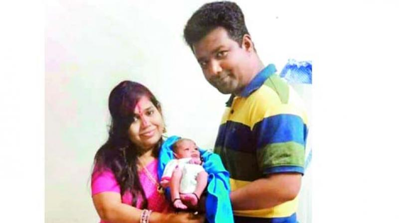 Car rams into railing on ORR, family of 3 killed