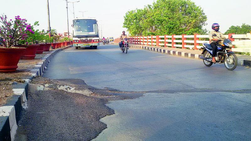 Seven flyovers threats to safety of commuters in Hyderabad