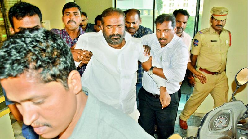 TSRTC JAC leaders' fast forcibly broken