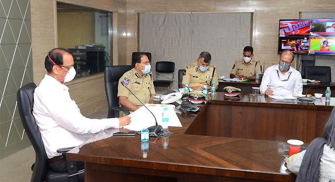 Zero tolerance against sale of spurious seeds: Telangana DGP